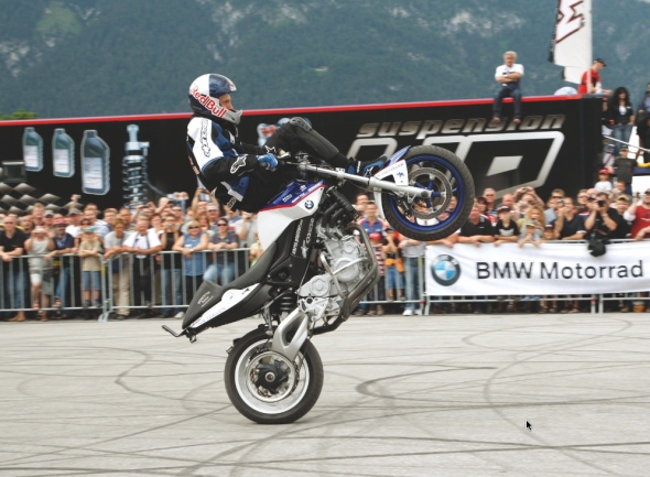 BMW Motorrad Days 2008, Freestyle-Show mit Chris Pfeiffer  (© BMW AG)